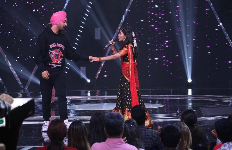 Ajay Devgn, Tabu and Rakul Preet Singh grace Colors' Rising Star