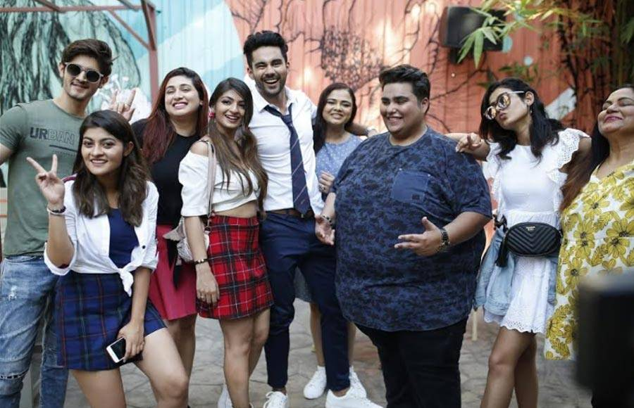 TV celebs' 'student' themed photo shoot