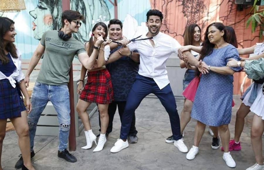 TV celebs' 'student' themed photo shoot