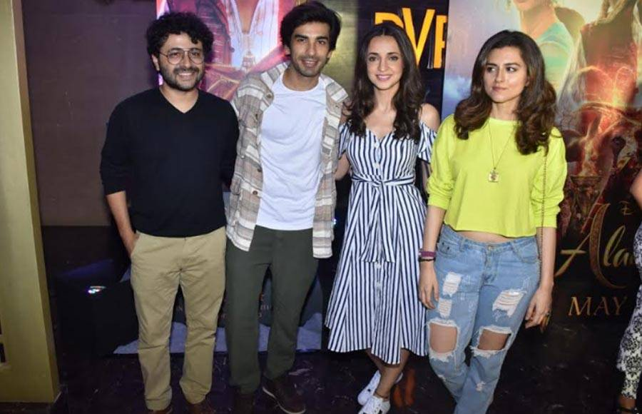 Popular TV celebrities attend Aladdin's special screening!