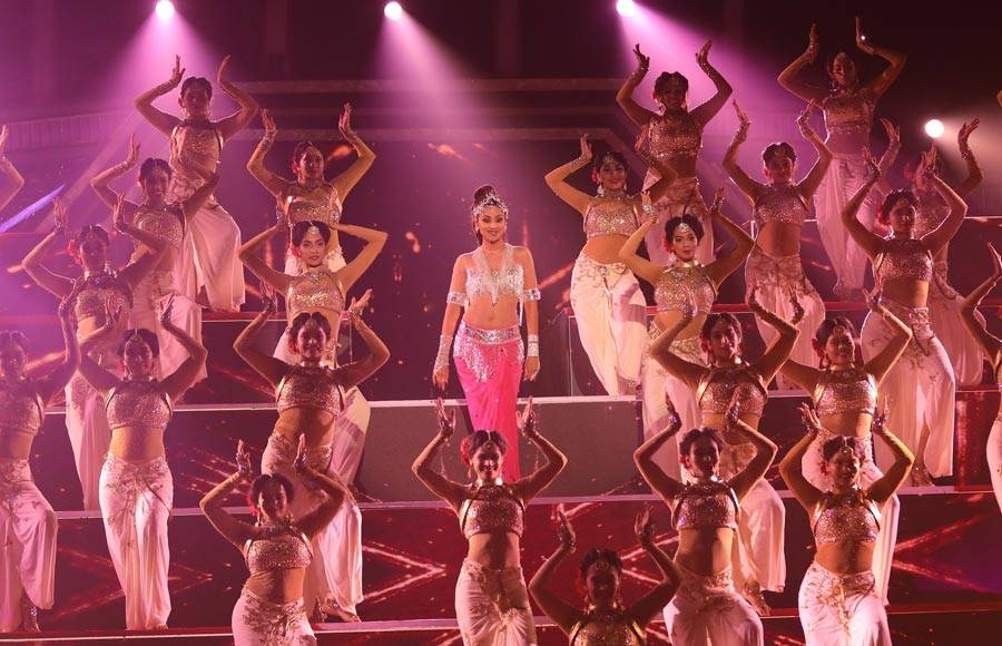 Shilpa Shetty's Bharatanatyam performance for the grand finale of Super Dancer