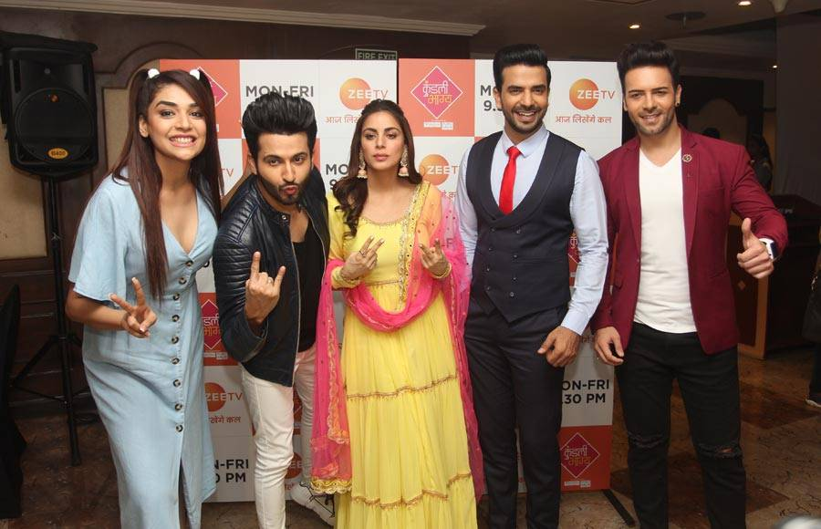 In pics: Kundali Bhagya team get candid