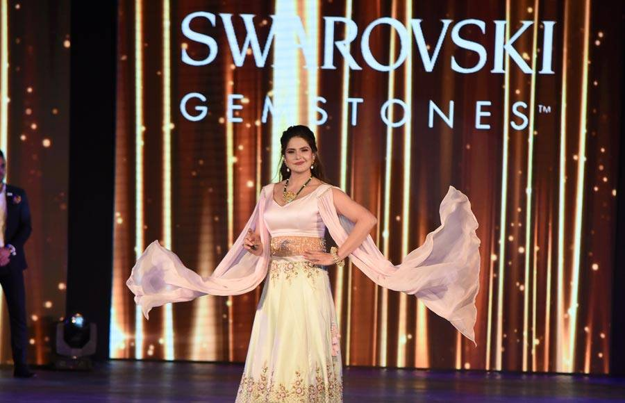 Shamita Shetty, Zarine Khan, Sophie Choudry and Michelle Shetty dazzle at the GJC NITE 2019