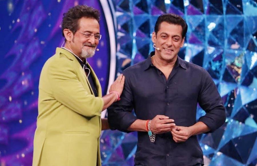 Salman Khan graces the sets of Bigg Boss Marathi - season 2