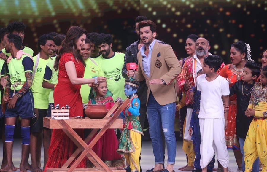 Janmashtmi Celebrations on Dance Deewane sets
