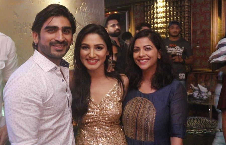 Donal Bisht's b'day party was a glittery and starry affair
