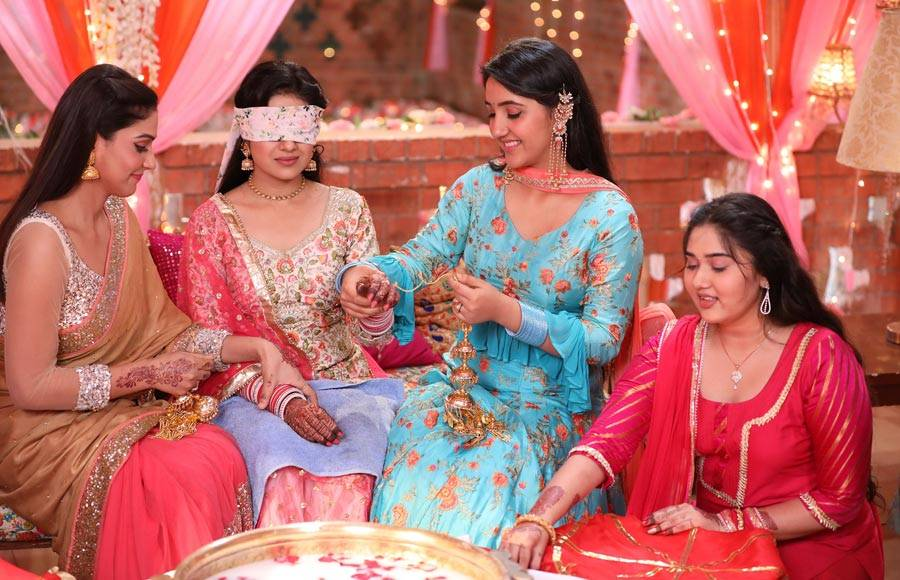 Wedding Pictures and Chooda ceremony  of Hanuman and Babita in Patiala Babes