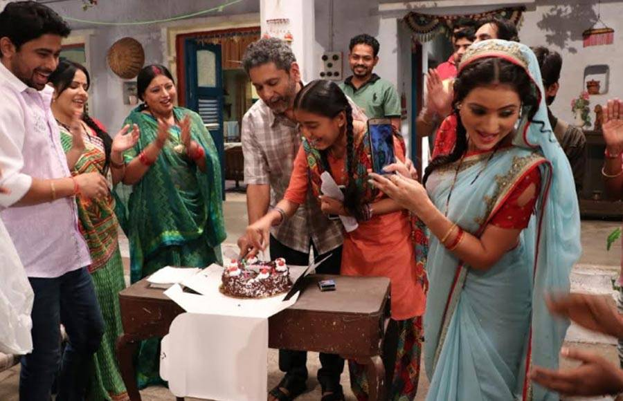 Birthday bash on the sets of &TV's Gudiya Humari Sabhi Pe Bhari