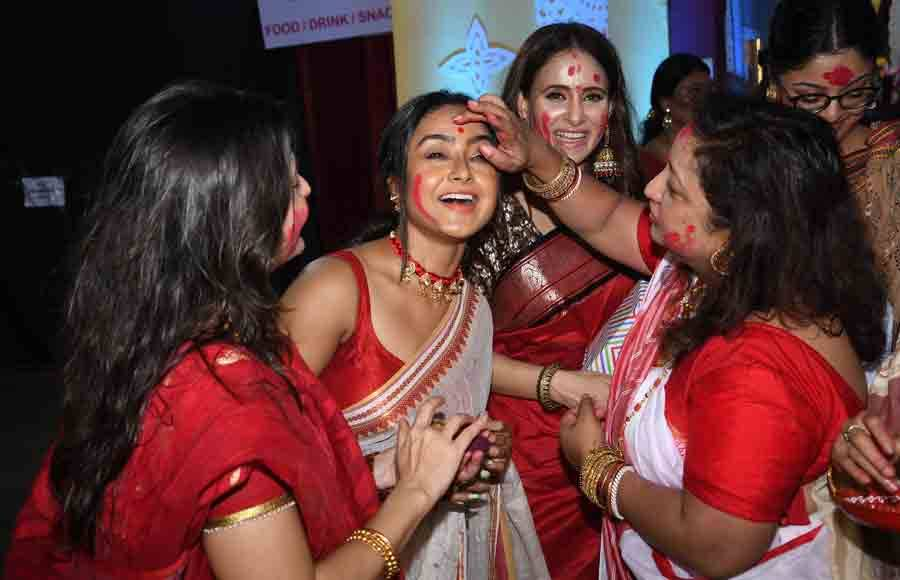 Bollywood industry celebrates Sindoor Utsav