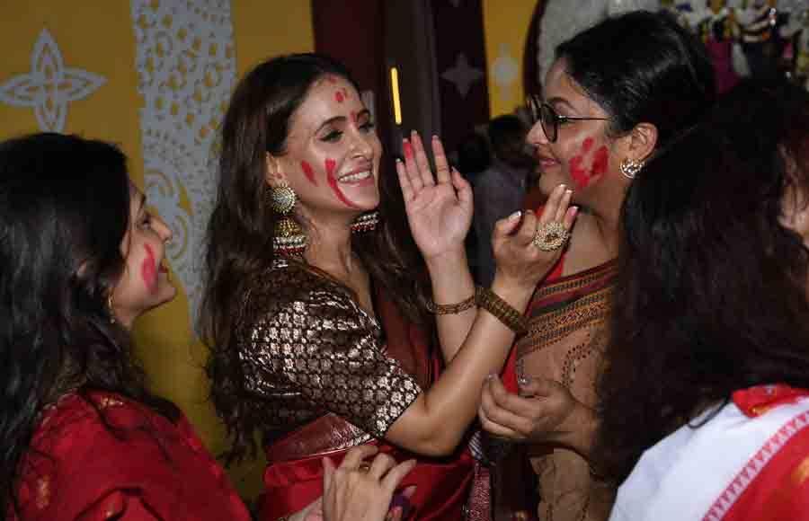 Bollywood industry celebrates Sindoor Utsav