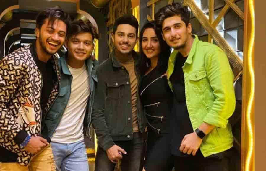 Avneet Kaur's birthday bash