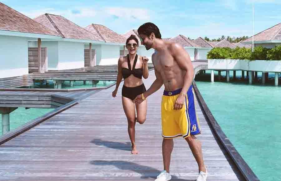 Gurmeet Choudhary and Debina Banerjee enjoys vacation in Maldives