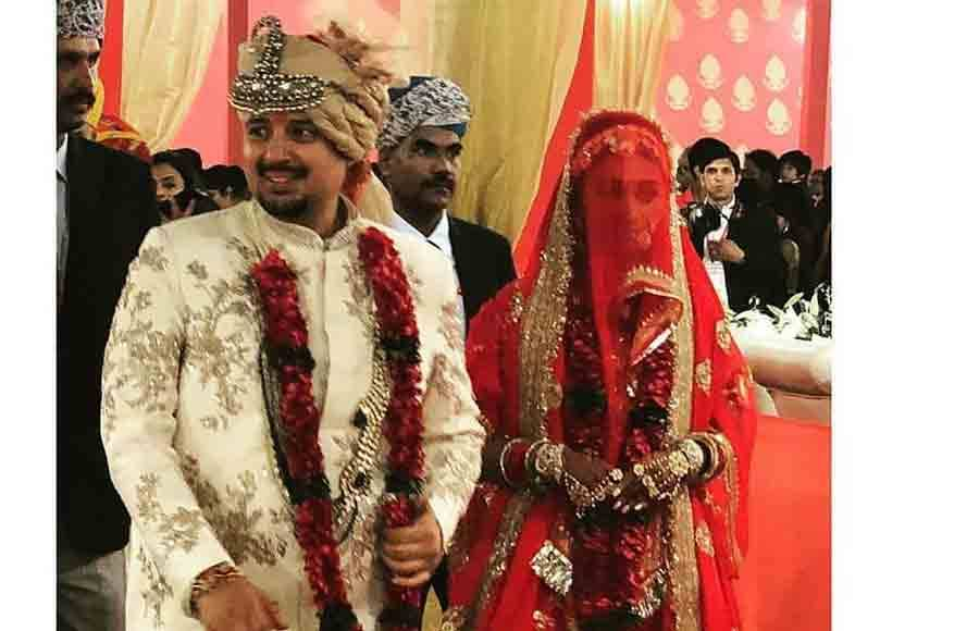 Mohena Singh's royal wedding pictures