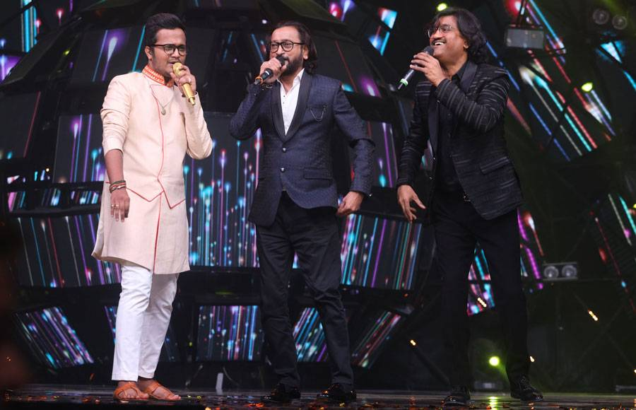 Ajay Atul grace the sets of  Indian Idol season 11