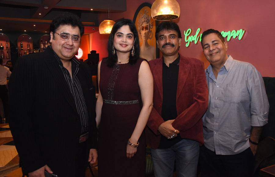 Singer Shaan launches Neha's Borkar's debut album in Mumbai