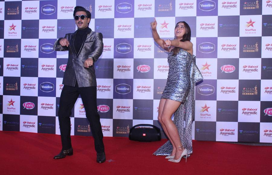 Bollywood stars set the red carpet ablaze at Star Screen Awards 2019