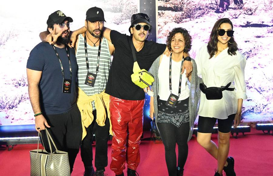 Deepika, Ranveer, Hrithik and others attend U2 India concert