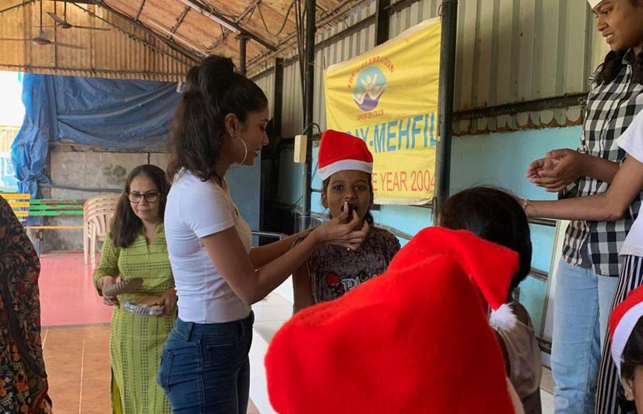 Bigg Boss 10 fame Lopamudra Raut celebrates Christmas with NGO kids