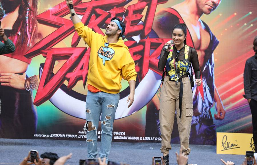 Varun Dhawan and Shraddha Kapoor  at 'The Festival of Joy'