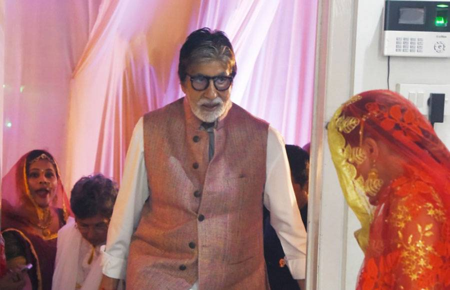 Amitabh Bachchan pays a surprise visit at a salon