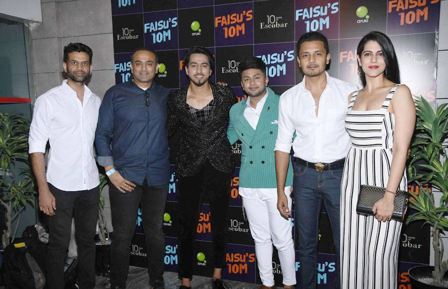 Faisal Shaikh call for a celebration on achieving 10 million mark on Instagram