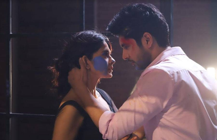 Rudra and Maya's sizzling romance in Beyhadh 2