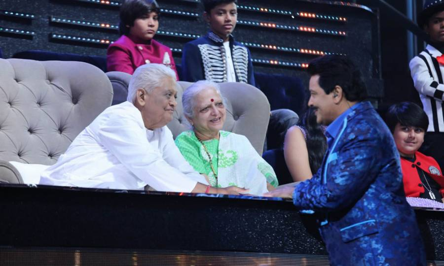 Veteran music director Pyarelal Sharma graces Li'l Champs